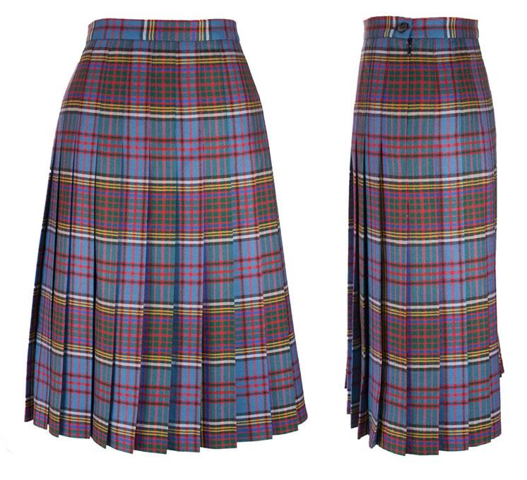9ffff1224 House of Tartan: Skirt, Ladies Pleated (All round pleats) Scott Black and White  tartan