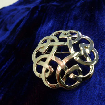 Mini Plaid Brooch, Celtic Interlace