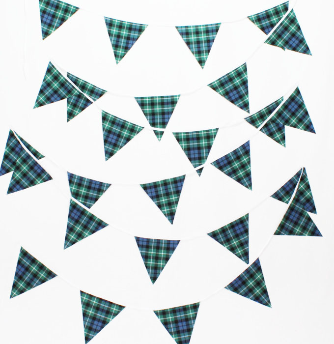 BLACK /& AND WHITE CHECKERED 20 metre TRIANGLE BUNTING 30 FLAGS flag 54 FLAGS