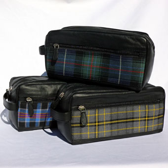 Leather & Tartan Wash Bag in Corporate Tartan