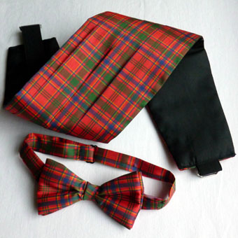 Cummerbund and Ready-tied Bow Tie Set