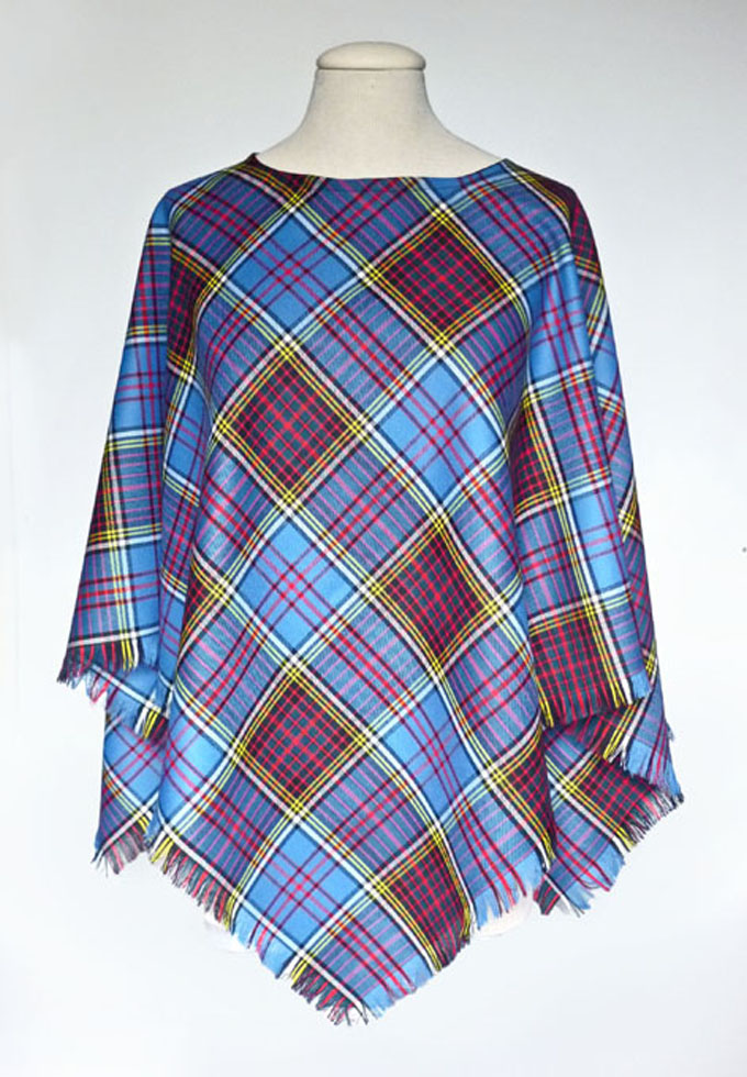 Tonag Beag, Scottish Poncho, Small